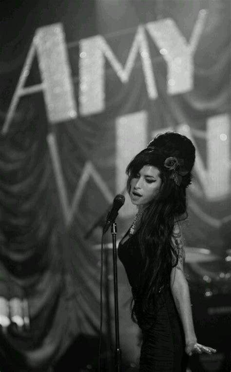 Cultgallery: Amy Winehouse   Cult Stories
