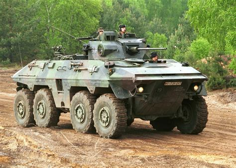 Military Wheeled Fighting Vehicles: March 2015
