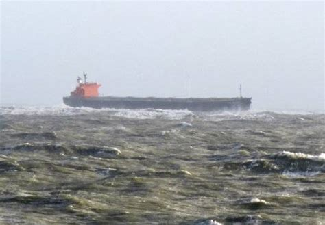 German experts hope to free grounded ship after storm