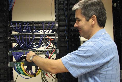 Network Administrator & Cybersecurity Diploma - Lake
