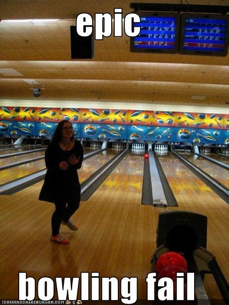 epic bowling fail - Cheezburger - Funny Memes | Funny Pictures