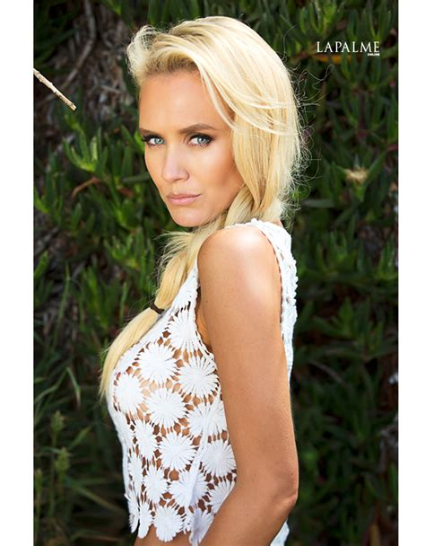 INCONCEIVABLE'S NICKY WHELAN'S SEXY SUMMER PHOTOSHOOT