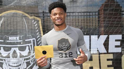 2017 4-star WR Nico Collins commits to Michigan - Maize n Brew