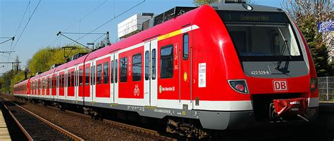 How to get from Munich Airport to city centre? Bus, train