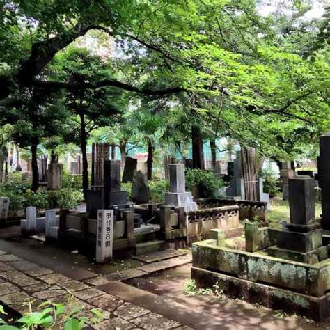 Yanaka Cemetery | JapanVisitor Japan Travel Guide